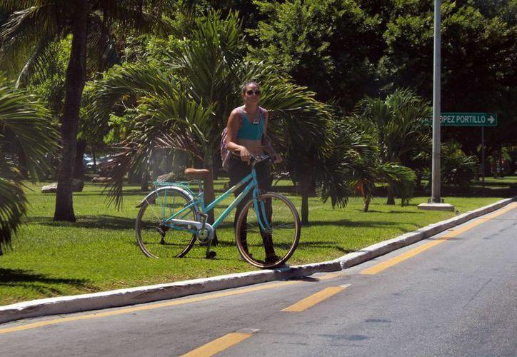 El programa contempla 63 estaciones y cada unas de ellas contará de 10 a 15 bicicletas. (Luis Soto/SIPSE)