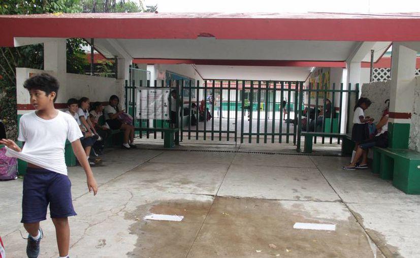 La SEyC informó que en Cancún hay 22 escuelas de tiempo completo. (Tomás Álvarez/SIPSE)