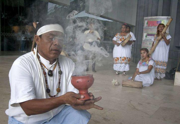 La tercera edición del Festival Internacional de la Cultura Maya, que se inaugura este viernes, está dedicado al tema la Ciencia en la Arquitectura y Tiempo y el Paisaje del Mayab. (Archivo Notimex)