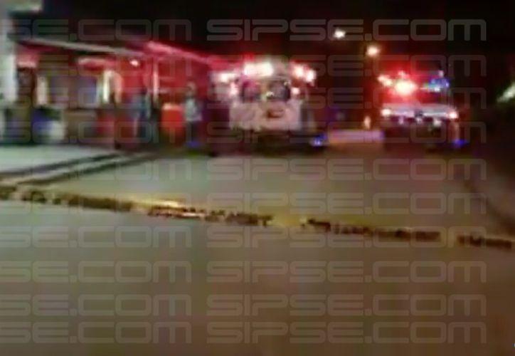 Paramédicos de la Cruz Roja arribaron al lugar de los hechos. (Foto: R. Cruz)