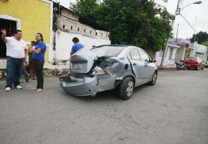 El accidente ocurrió en el cruce de la calle 50 por 79, en el centro. (Milenio Novedades)