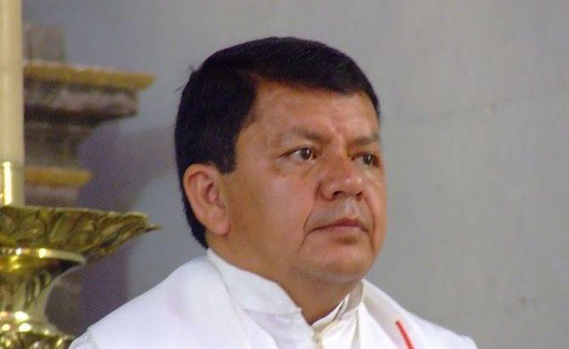 El prelado fue ordenado sacerdote en mayo de 1989. (diocesisdecelaya.org.mx)