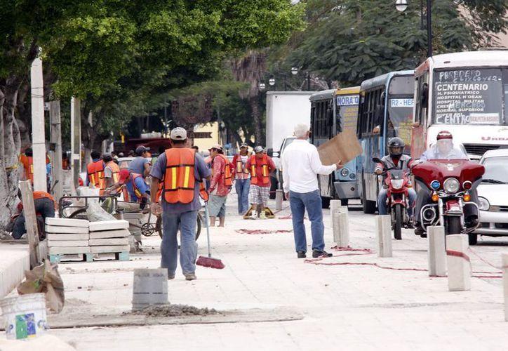 Trabajos de remodelación en la calle 59, del Centro Histórico. (Juan Albornoz/SIPSE)