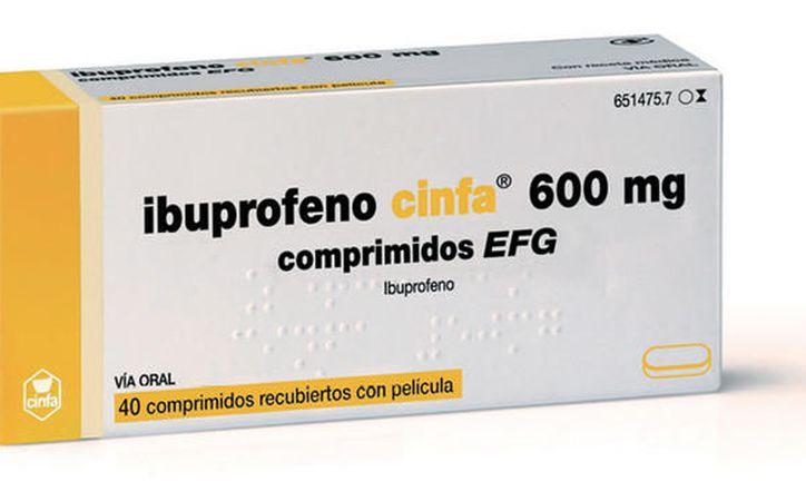 El naproxeno es el AINE más seguro, y se podrían tomar hasta 500 miligramos al día. (Omicrono).