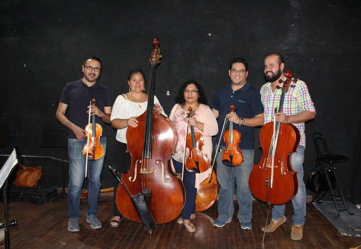 El quintento está formado por los jefes de sección de cuerdas de la Camerata de Cancún. (Foto; Faride Cetina/SIPSE)