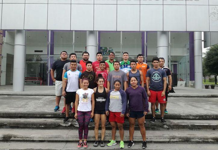 Los atletas entrenan en el Centro de Alto Rendimiento de Nuevo León. (Raúl Caballero/SIPSE)