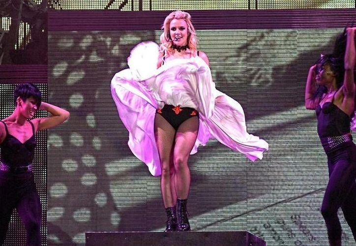 Los cantantes Justin Bieber, Britney Spears y Madonna darán brillo a los premios Billboard, en su edición número 24.(EFE)