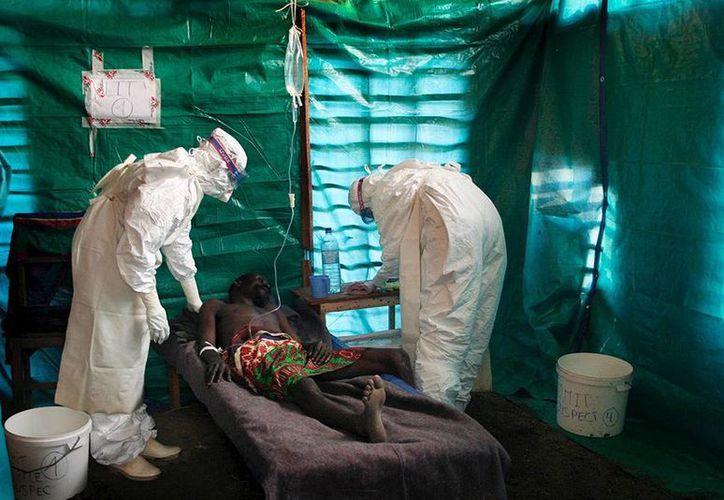 La OMS precisó que Liberia reportó 16 nuevos casos en tanto que Sierra Leona 34. (Agencias)