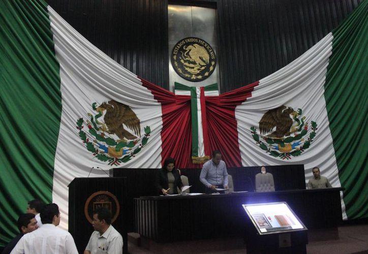 La creación de los municipios de Nicolás Bravo y Puerto Morelos está considerada dentro de la Agenda Legislativa del Congreso del Estado. (Archivo/SIPSE)