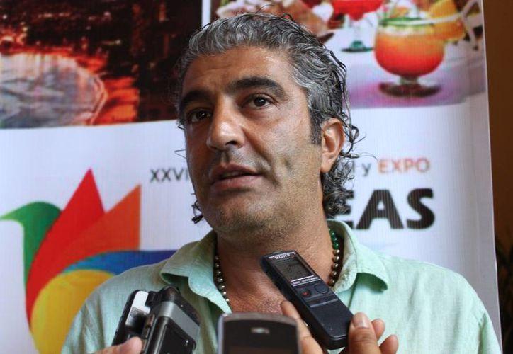 Jamil Elías Hindi dijo que podrían dar de baja a 15 hoteles. (Loana Segovia/SIPSE)