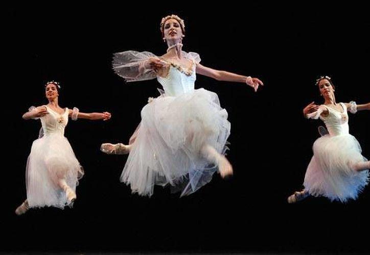 La partida de bailarines cubanos al extranjero, que en otras épocas era considerado como una deserción, ha dado paso a una actitud más flexible. (juventudrebelde.cu/Foto de contexto)