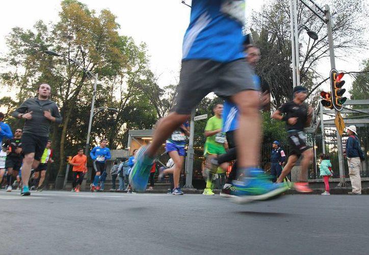 Tan solo en la Ciudad de México se realizan al menos 200 carreras al año. (Archivo/Notimex)