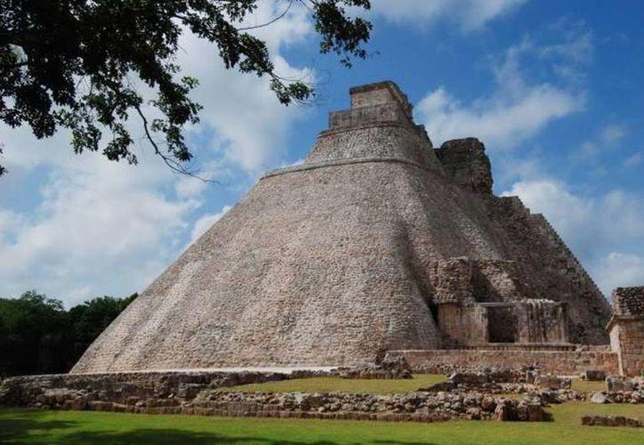 La zona arqueológica de Uxmal goza a partir de ahora de inmunidad bajo el régimen de 'protección especial' conforme a la Convención para la Protección de los Bienes Culturales en caso de Conflicto Armado (Convención de La Haya de 1954), ratificada por México en 1956. (Archivo/SIPSE)