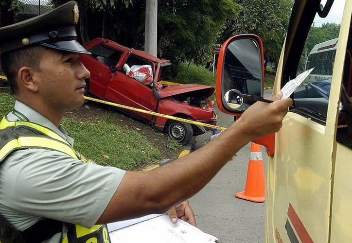 Las autoridades de Colombia detectaron un 60% de conductores en estado de ebriedad en Nochebuena, tras la entrada en vigor de una dura ley que impone fuertes sanciones económicas a los infractores. (EFE)