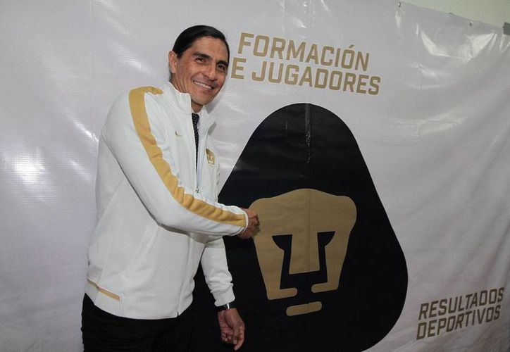 Juan Francisco 'Paco' Palencia, también llamado El Gatillero, asumió la dirección técnica de la Club Universidad Nacional. (NTX)