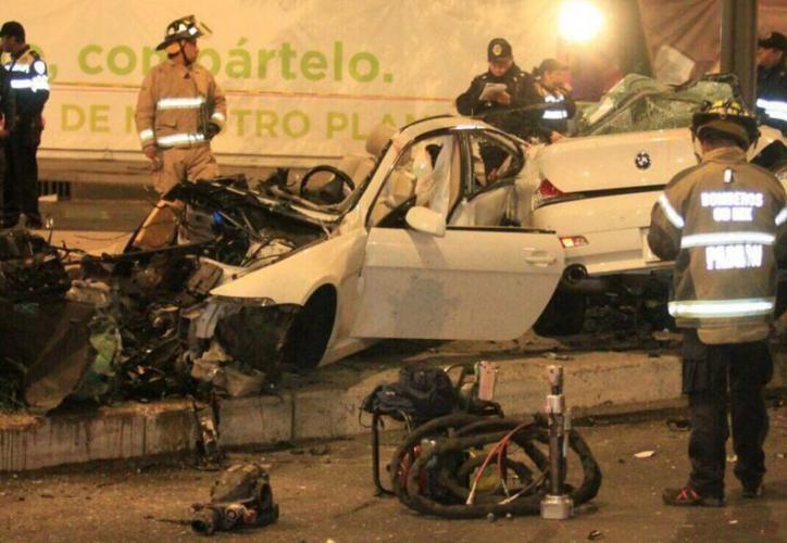 Los reportes señalaron que el conductor perdió el control de la unidad en una curva debido al exceso de velocidad. (Televisa)