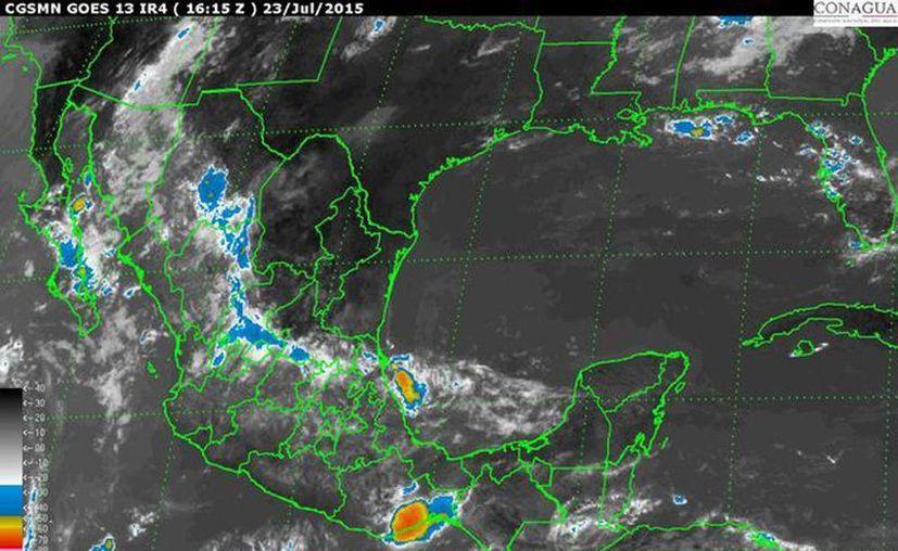 El centro del fenómeno meteorológico se ubica a 420 kilómetros al oeste de Isla Socorro, Colima, y a 670 al suroeste de Cabo San Lucas, Baja California Sur, con desplazamiento hacia el noroeste a 20 kilómetros por hora.(smn.cna.gob.mx)