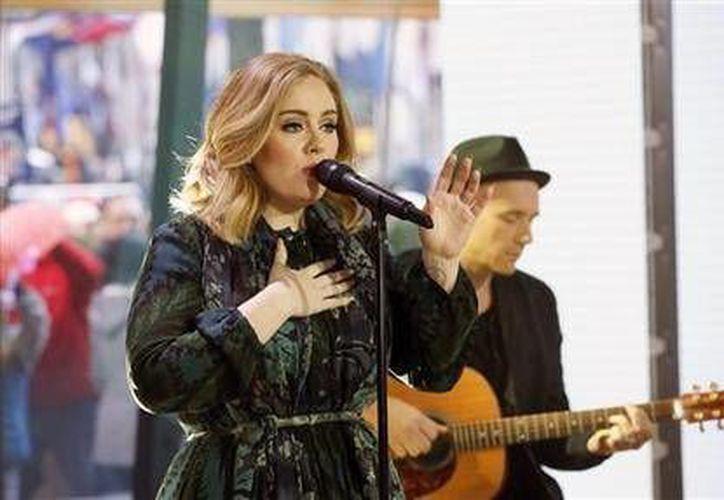 Apple anunció  que el álbum <i>25</i> de Adele, fue el álbum más vendido del año en iTunes. En la lista también aparecen Bruno Mars, Taylor Swift y The Weeknd (AP)