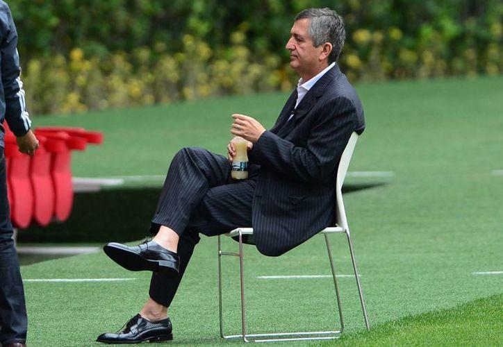 Jorge Vergara asume el control total de Omnilife-Chivas aunque José Luis Higuera Barberi es el nuevo director general del corporativo. (tiemporeal.mx)