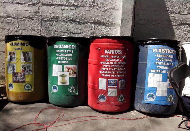 Se cuenta con depósitos de basura para cada residuo orgánico e inorgánico. (Tomás Álvarez/SIPSE)