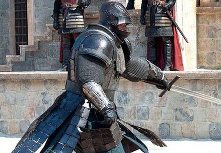 La serie Game of Thrones rompió los récords de número de países en los que se transmitió simultánea mente, por lo que ingresó al Libro Guinness de los Récords Mundiales. La imagen es de contexto. (hbo.com/game-of-thrones)