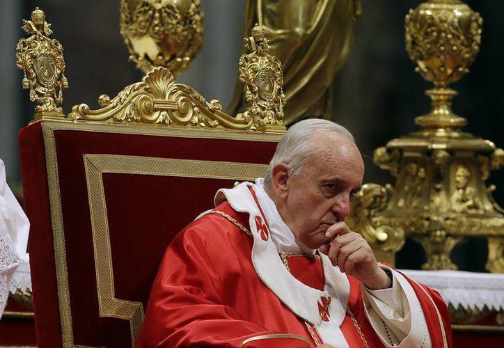 El Papa advirtió del peligro de no dejarse guiar por la fe. (Agencias)