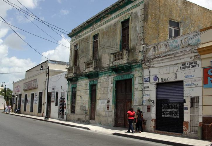 Buscan el rescate integral de las viviendas del Centro Histórico. (Christian Ayala/SIPSE)