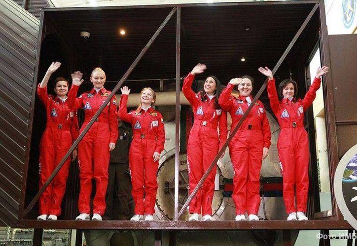 Las mujeres deberán cumplir un programa de tareas durante los ocho días que durará el experimento Luna-2015. (Instituto de Problemas Médico-Biológicos )