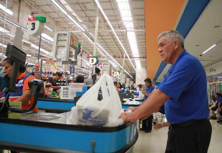 El 49% de la fuerza laboral en Quintana Roo está en una edad promedio de entre 30 y 49 años. (Sergio Orozco)