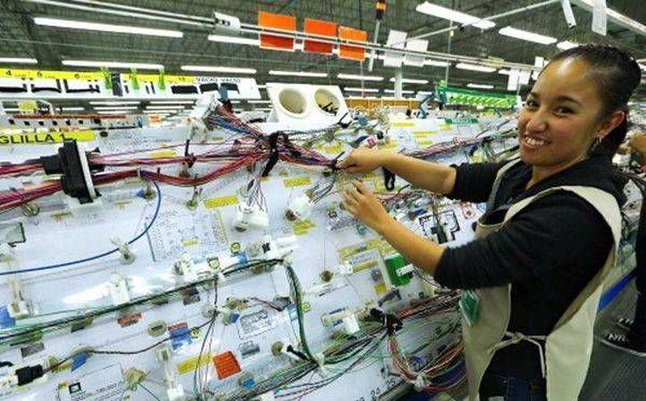 Leoni fabrica arneses electrónicos y cables especiales. (Milenio Novedades)