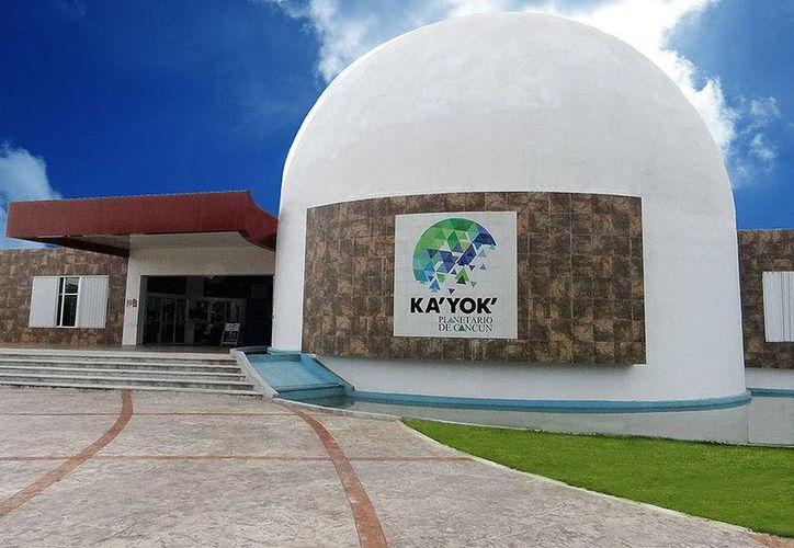 El Planetario de Cancún Ka' Yok' cuenta con un espacio aproximado de mil 600 metros cuadrados de construcción. (Redacción/SIPSE)