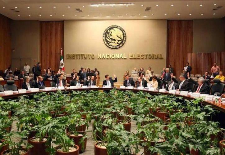 INE podría imponer al PRD una multa por incumplir con pagos tributarios. (Foto: Contexto)