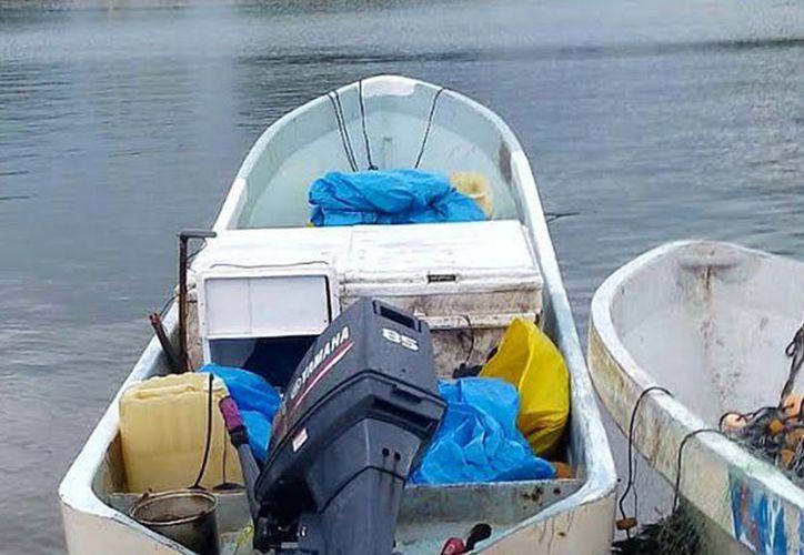 La embarcación donde falleció el cazador de pepino de mar. (SIPSE)