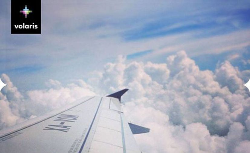 Volaris abrió sus alas para unir Tijuana y Mérida con un vuelo semanal, a partir de noviembre. La imagen es de contexto y corresponde a una aeronave de la compañía en pleno vuelo. (Facebook/Volaris)