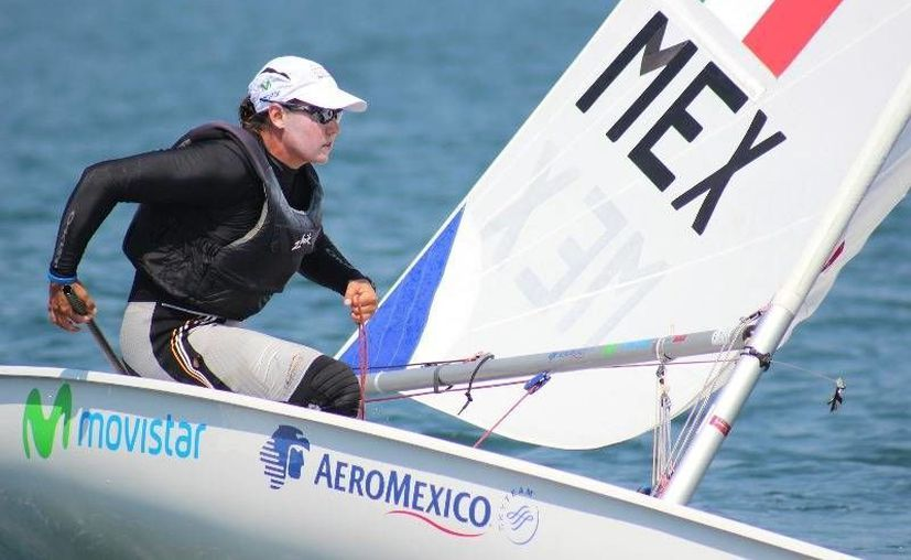 La velerista mexicana Tania Elías Calles regresa del retiro para buscar su boleto a los juegos olímpicos de Río de Janeiro 2016, además no descarta darle la vuelta al mundo en su velero. (Archivo/Sipse)