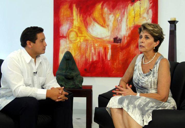 Mercedes Juan López, Secretaria de Salud del Gobierno Federal, estuvo en Mérida para la inauguración de la XXII Convención de la Cámara Nacional de la Industria Farmacéutica. (SIPSE)