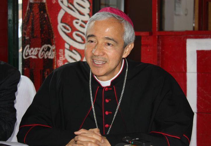 El obispo Jorge Carlos Patrón Wong es muy activo en redes sociales. (SIPSE)