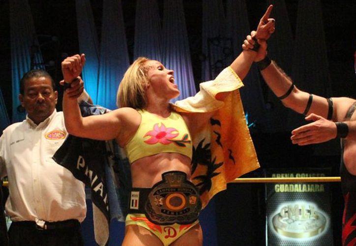 La función de lucha libre se llevará a cabo en la Arena Colonos. (Ángel Villegas/SIPSE)