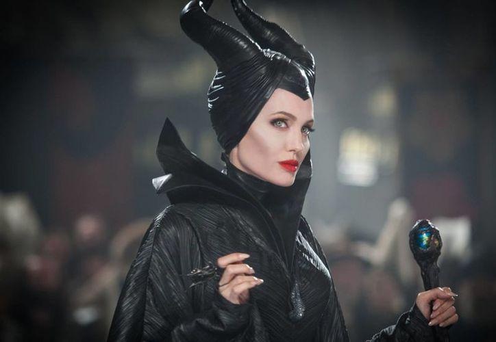 'Maleficent', protagonizada por Angelina Jolie, es una de las diez cintas precandidatas al Oscar en efectos visuales. (wired.com)