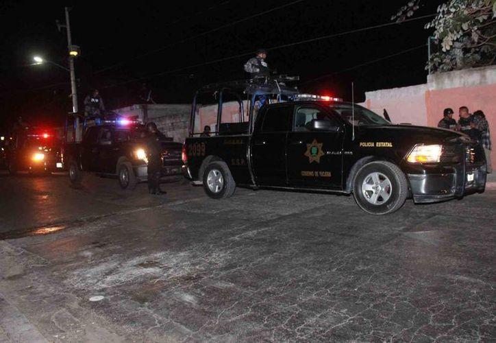 La creciente ola de asaltos en Mérida ha provocado que las autoridades policiacas refuercen la vigilancia en la capital yucateca. (Milenio Novedades)