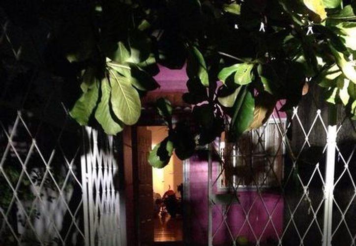 Un hombre fue apuñalado nueve veces en un domicilio de la colonia El Petén. (Redacción/SIPSE)
