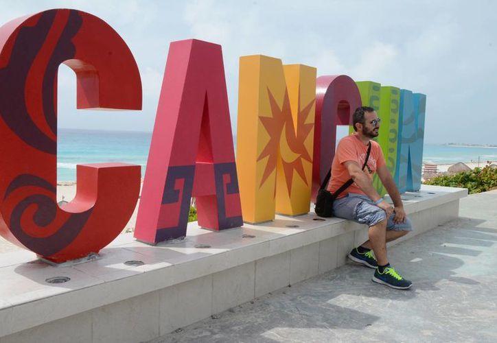 Muchos de los materiales de los que están hechas las letras los tiene el Ayuntamiento. (Victoria González/SIPSE)