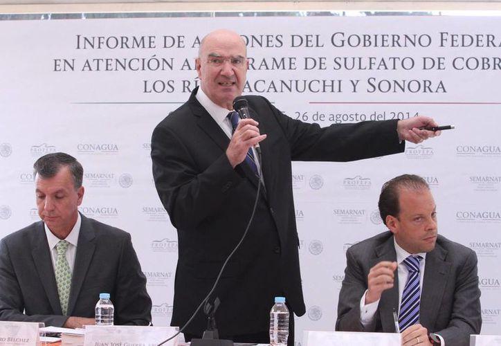 Juan José Guerra Abud, titular de Semarnat, descartó que el derrame haya ocurrido por las lluvias, como indicó la minera Grupo México. (Notimex)