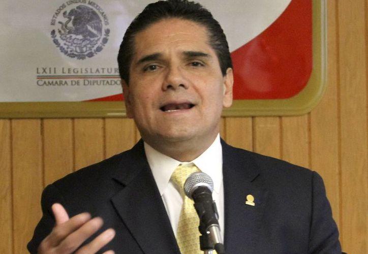 Nadie debería oponerse a que el sistema educativo en México mejore: Aureoles. (Notimex