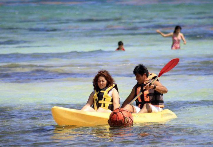 Proyectan a traer más turismo a Bacalar y Mahahual con nueva ruta aérea. (Harold Alcocer/SIPSE)