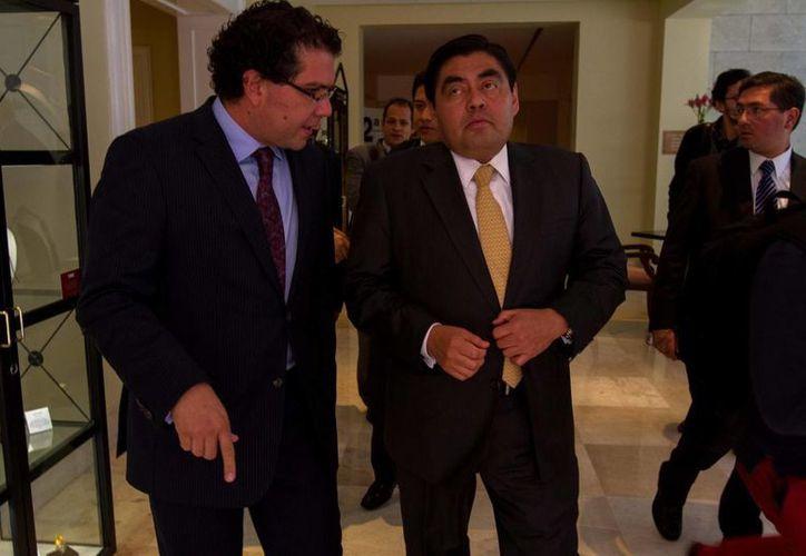"""Barbosa (c) ve """"muy mal ambiente"""" para permanecer en el Pacto por México. (Notimex)"""