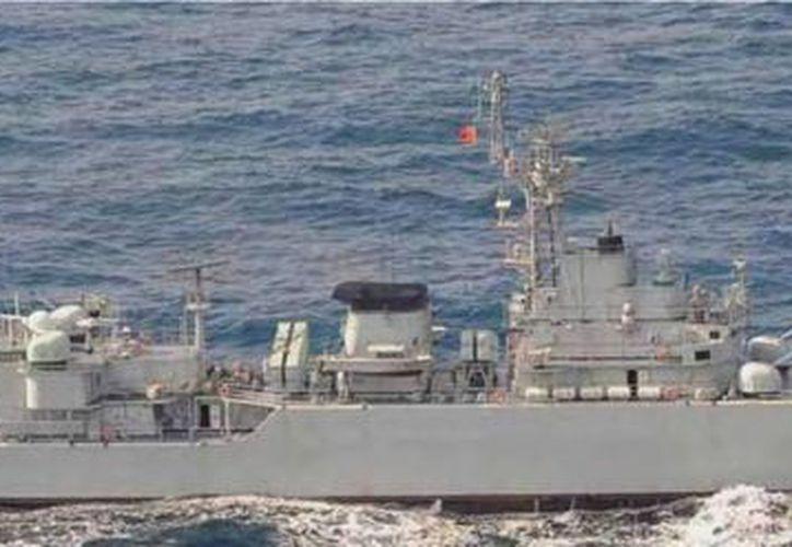 Naves de ambos países vigilan las cercanías de la isla. (Agencias)