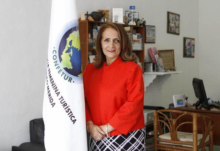 Desde muy joven Ana Patricia Alcocer Alí mostró interés en el turismo y en la atención a la gente. Hoy es una empresaria muy reconocida, integrante de Confetur. (César González/SIPSE)