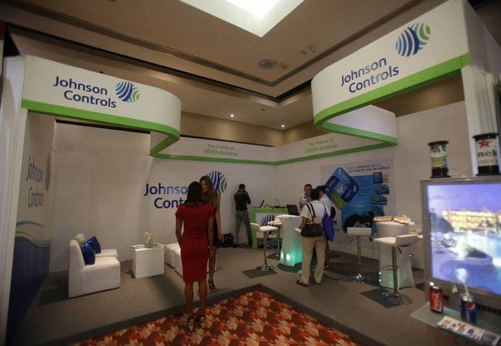La sede del evento fue el hotel Aqua. (Israel Leal/SIPSE)