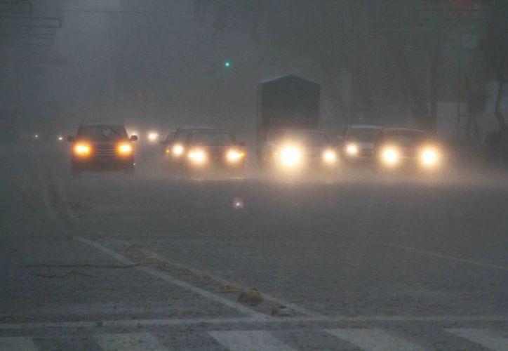 Se prevén lluvias intensas en Jalisco, Nayarit, Colima y Sinaloa y riesgos de desgajamientos. (Notimex)